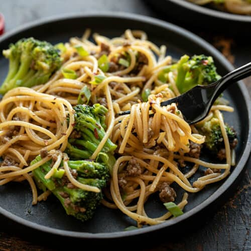 Garlic Noodles with Beef and Broccoli